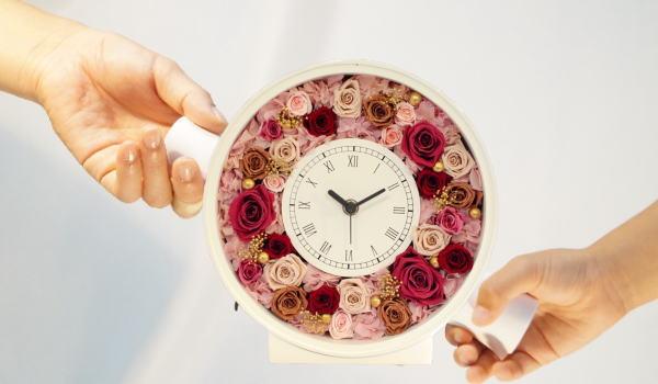 結婚式 両親 プレゼント 花時計